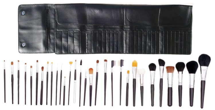 Click to Enlarge Studio Direct Cosmetics Professional Studio 30 Piece Makeup Brush Set